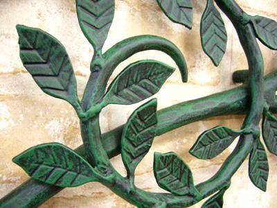 アイアン妻飾り・オーナメント/サビにくい鉄製ハンドメイド/植物・木・葉/094-v