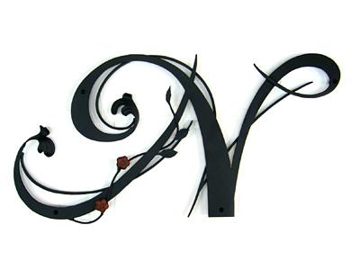 アイアン妻飾り・イニシャルオーナメント/サビにくい鉄製ハンドメイド/植物・花/io-n